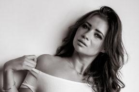 Lara – Croquis Model
